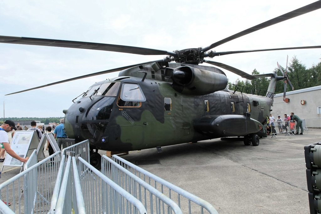 SIKORSKY S-65 SEA STALLION / S-80 SUPER STALLION (FIN) Sikor132
