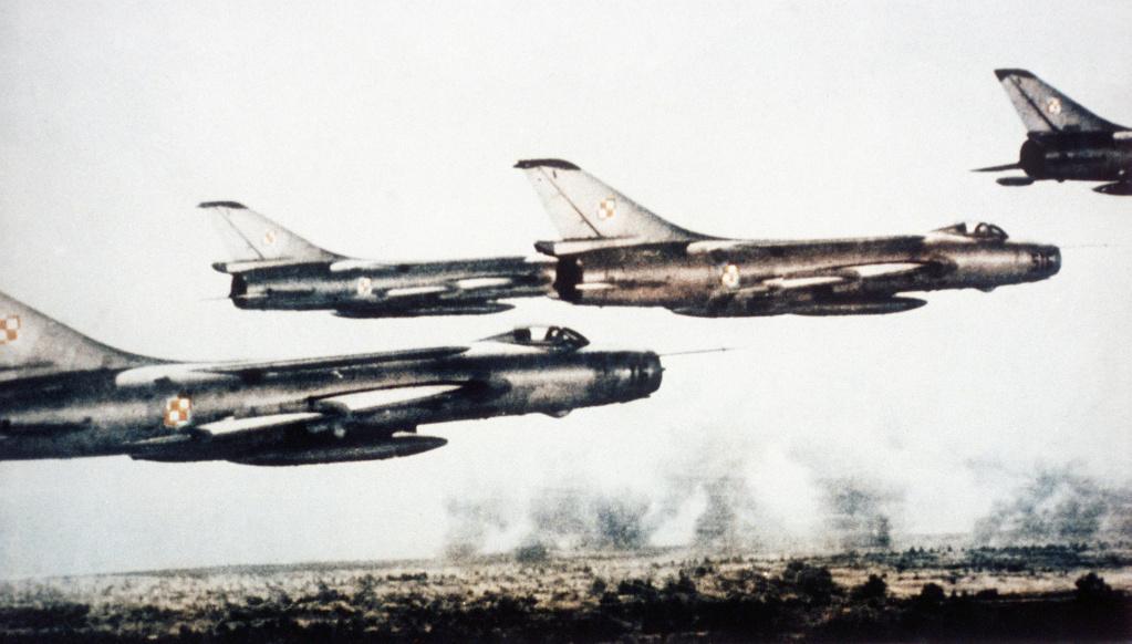 SUKHOÏ SU-27 FLANKER Sukhoi14