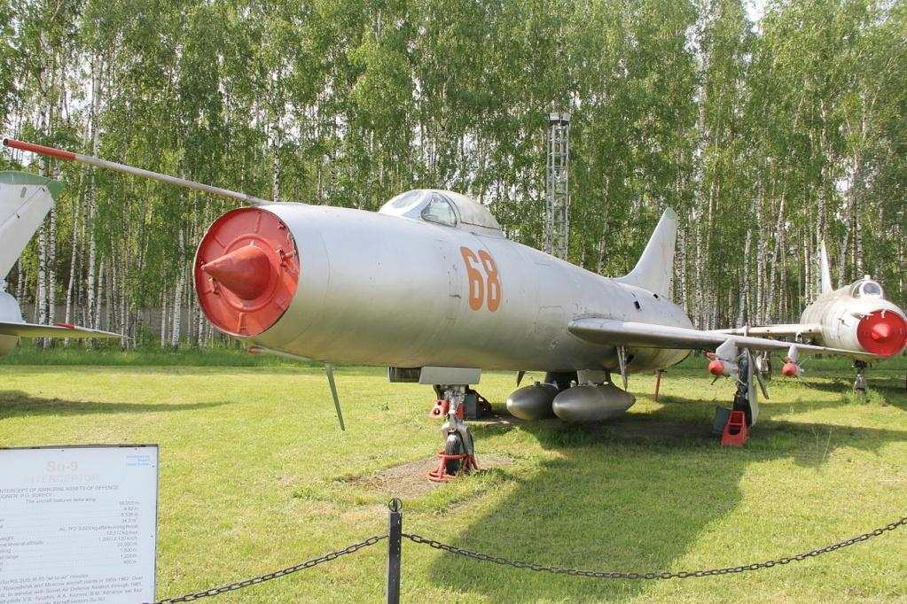 SUKHOÏ SU-27 FLANKER Sukhoi16