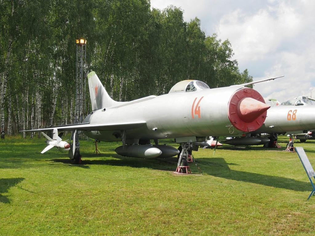 SUKHOÏ SU-27 FLANKER Sukhoi17