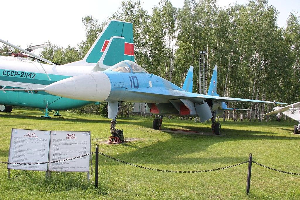 SUKHOÏ SU-27 FLANKER Sukhoi27