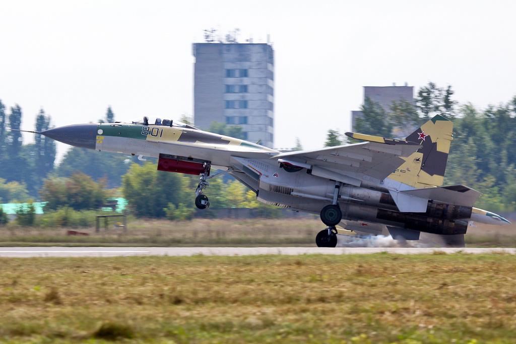 SUKHOÏ SU-27 FLANKER Sukhoi46
