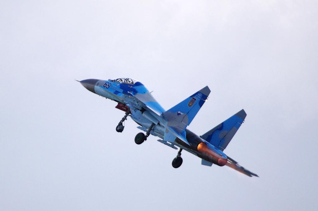 SUKHOÏ SU-27 FLANKER Sukhoi64