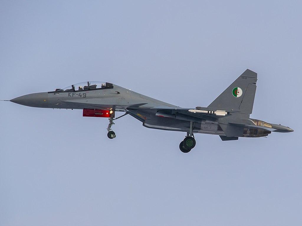 SUKHOÏ SU-27 FLANKER Sukhoi67
