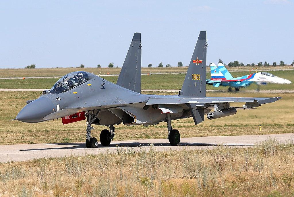 SUKHOÏ SU-27 FLANKER Sukhoi68