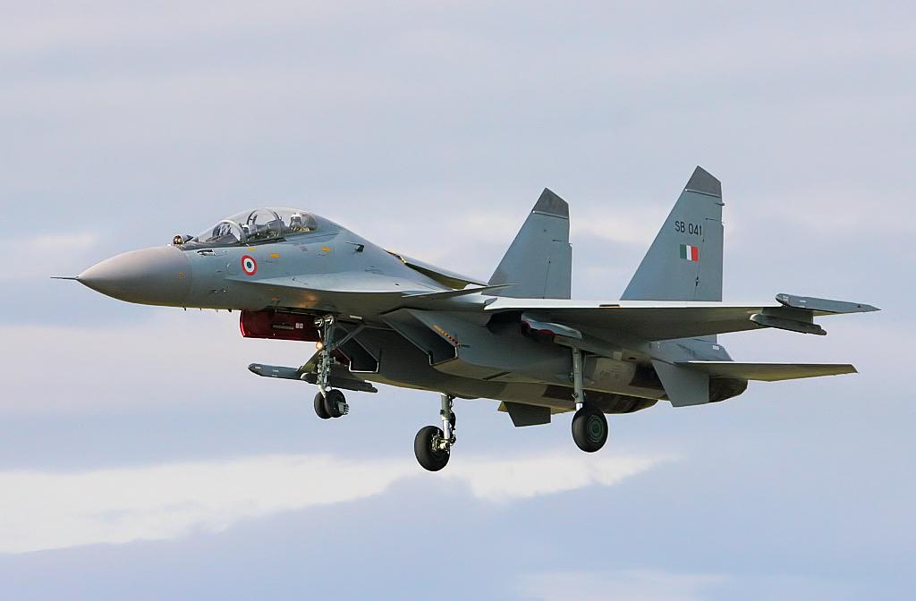 SUKHOÏ SU-27 FLANKER Sukhoi71