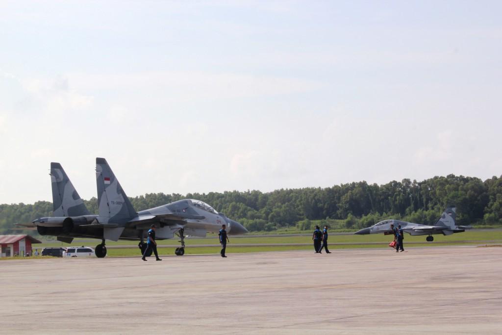 SUKHOÏ SU-27 FLANKER Sukhoi75