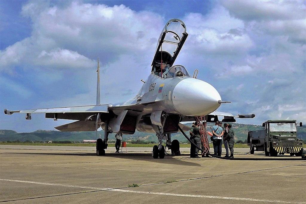 SUKHOÏ SU-27 FLANKER Sukhoi78