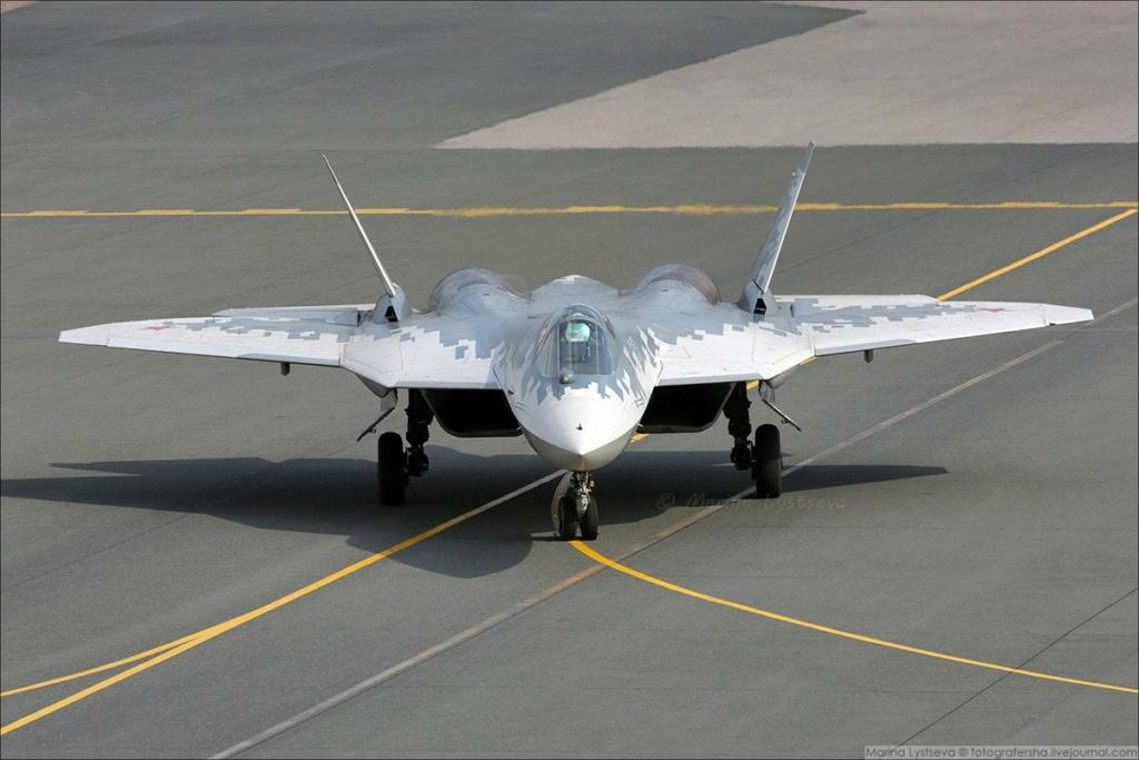 "MIKOYAN GOUREVITCH (MIG) MiG-29 ""FULCRUM""  Sukhoz10"