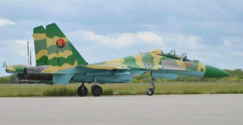 SUKHOÏ SU-27 FLANKER Su-30_10