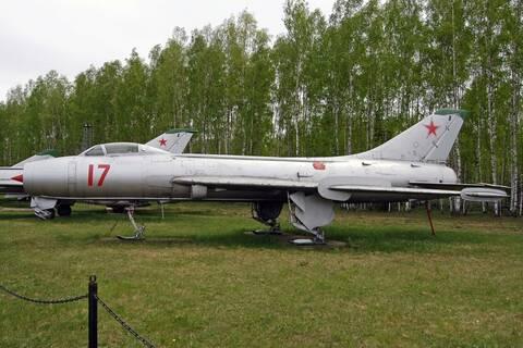 SUKHOÏ SU-27 FLANKER Sukhoi12