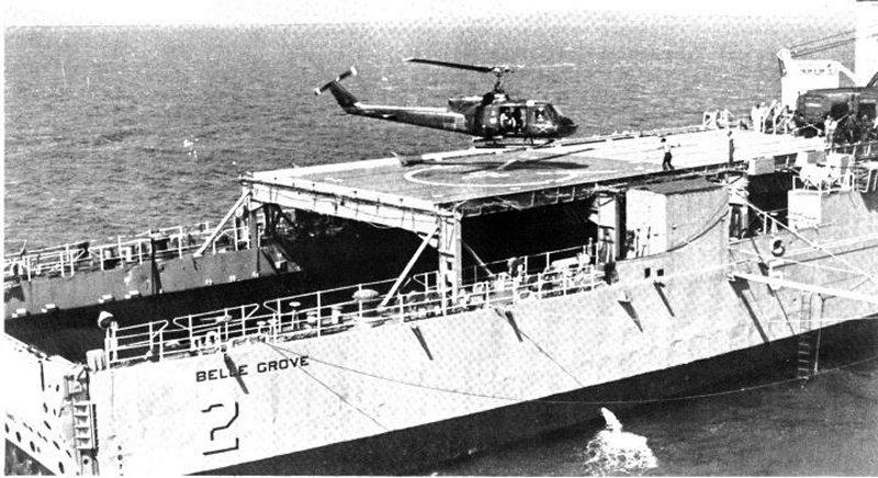 LANDING SHIP DOCK (LSD) CLASSE ASHLAND  Uss_be53