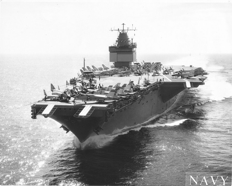 PORTE-AVIONS USS ENTERPRISE (CVN-65) Uss_en25