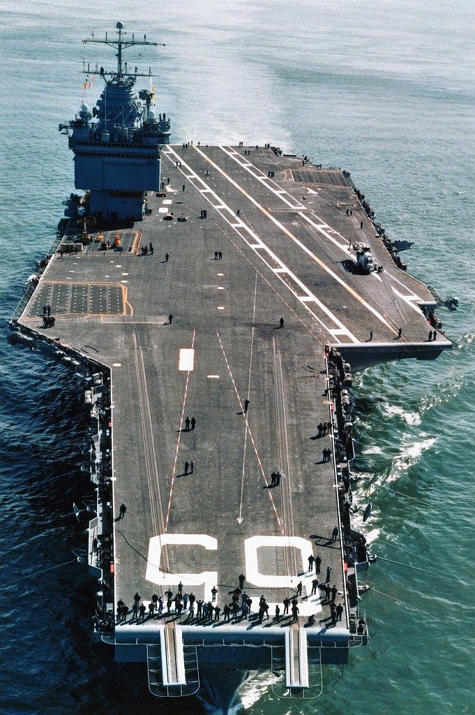 PORTE-AVIONS USS ENTERPRISE (CVN-65) Uss_en35