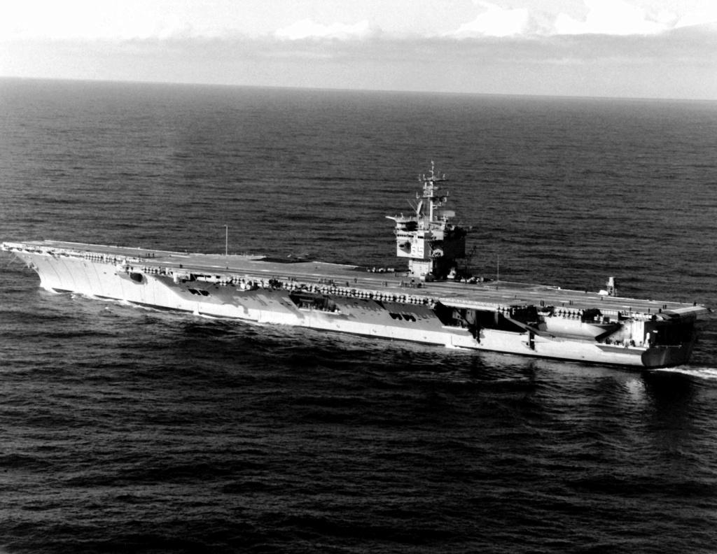 PORTE-AVIONS USS ENTERPRISE (CVN-65) Uss_en37