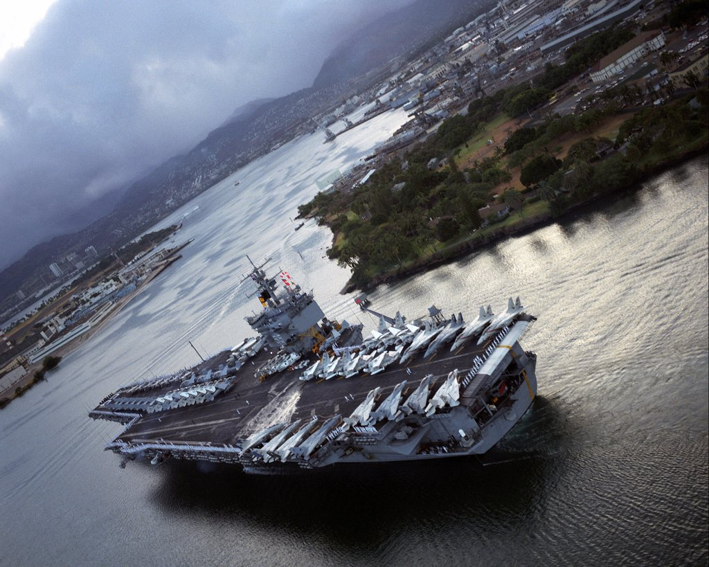 PORTE-AVIONS USS ENTERPRISE (CVN-65) Uss_en41