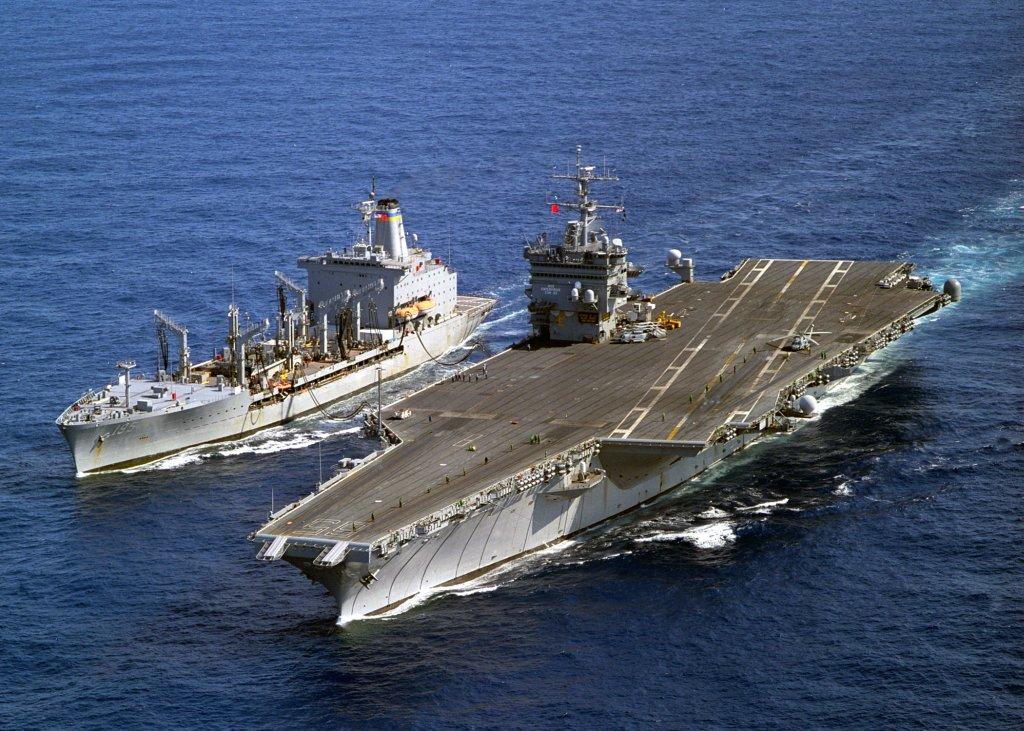 PORTE-AVIONS USS ENTERPRISE (CVN-65) Uss_en46