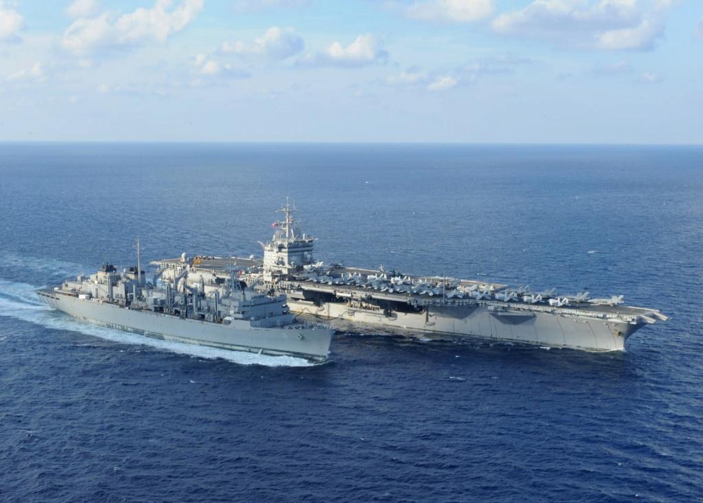 PORTE-AVIONS USS ENTERPRISE (CVN-65) Uss_en49