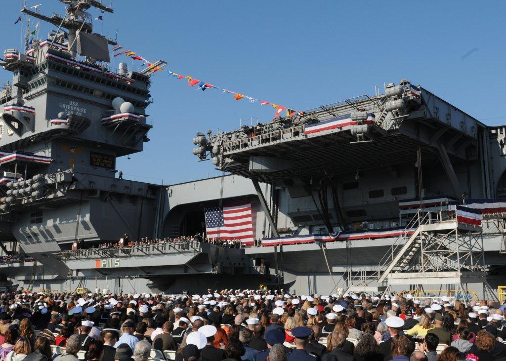 PORTE-AVIONS USS ENTERPRISE (CVN-65) Uss_en51