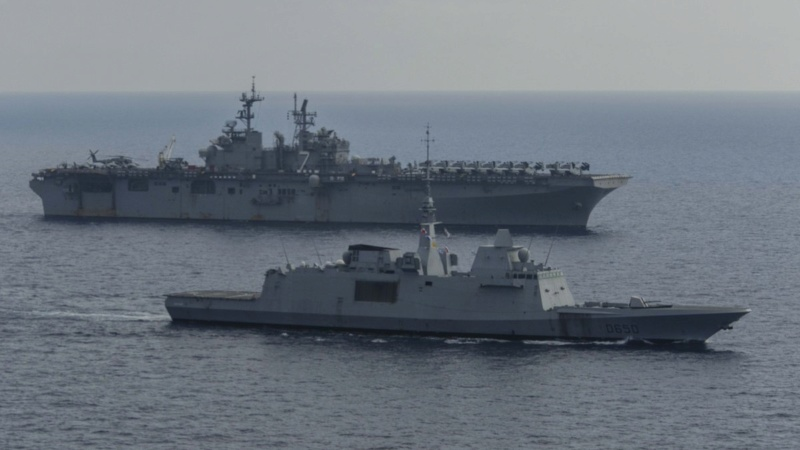LANDING HELICOPTER DOCK (LHD) CLASSE WASP (TERMINE) Uss_iw21
