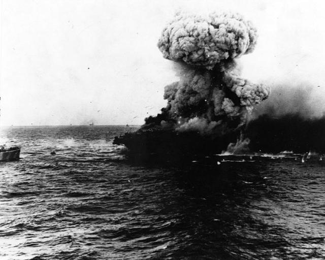 [Article] BATAILLE DE MIDWAY (4-7 JUIN 1942) (Terminé) Uss_le10