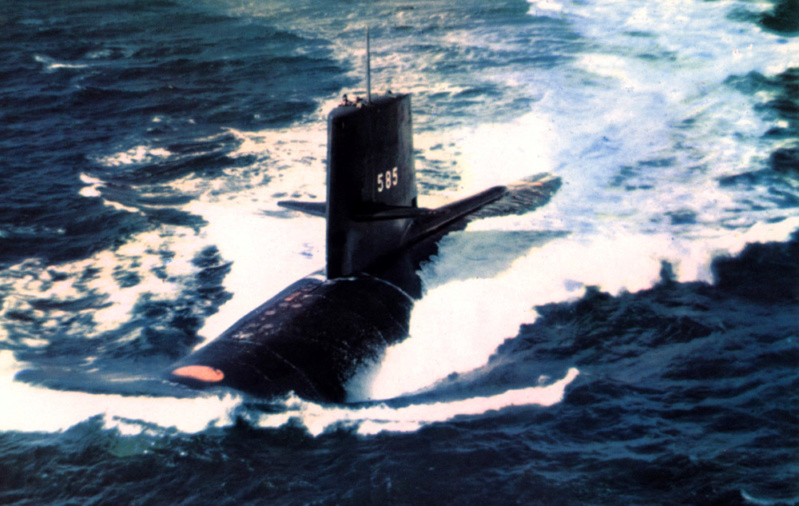 SOUS MARINS NUCLEAIRES D'ATTAQUE (SNA) CLASSE NOVEMBER  Uss_sk11