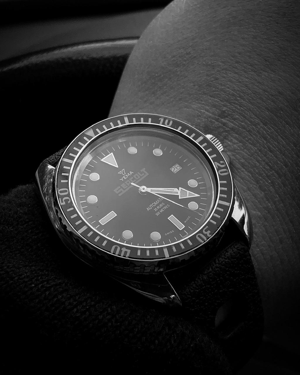 La montre du vendredi, le TGIF watch! - Page 5 932be110
