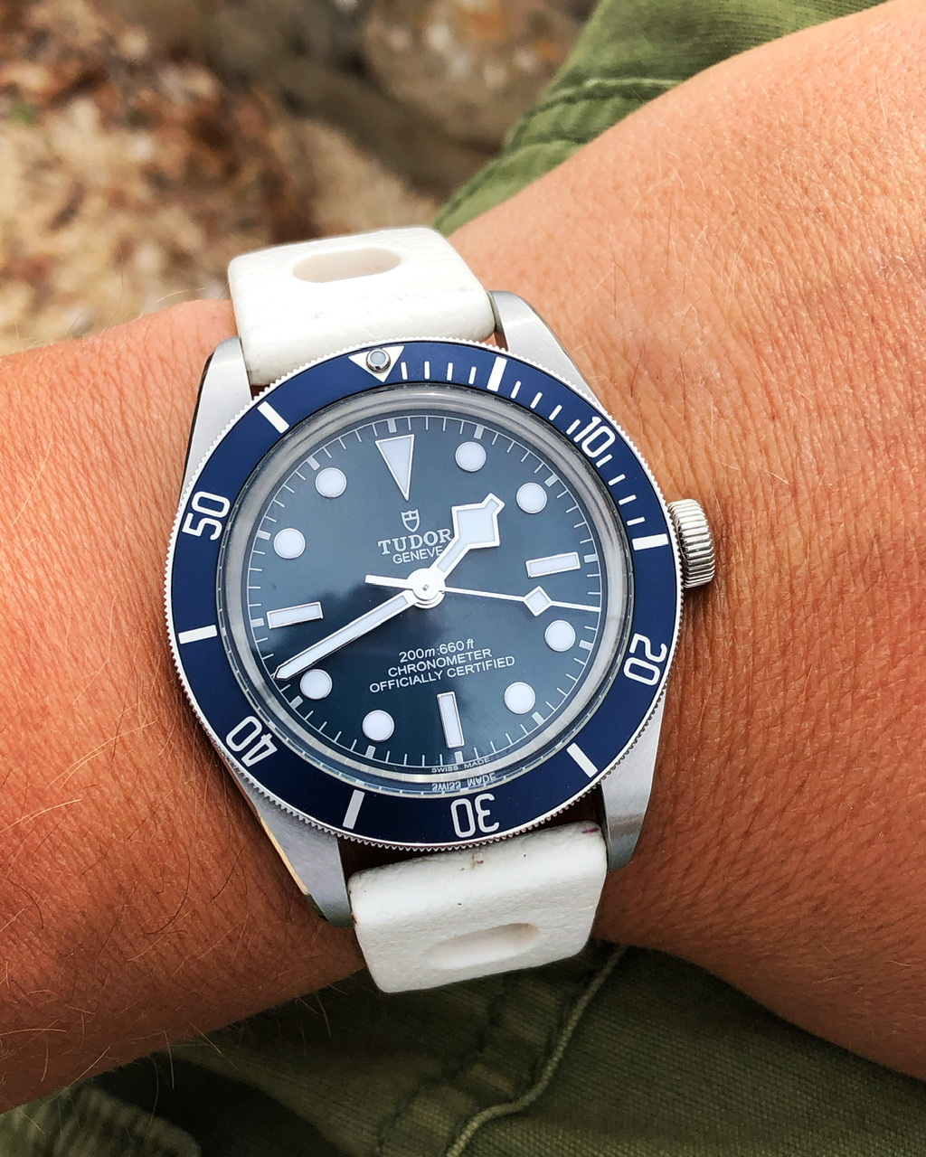 Votre montre du jour - Page 20 Cb905510