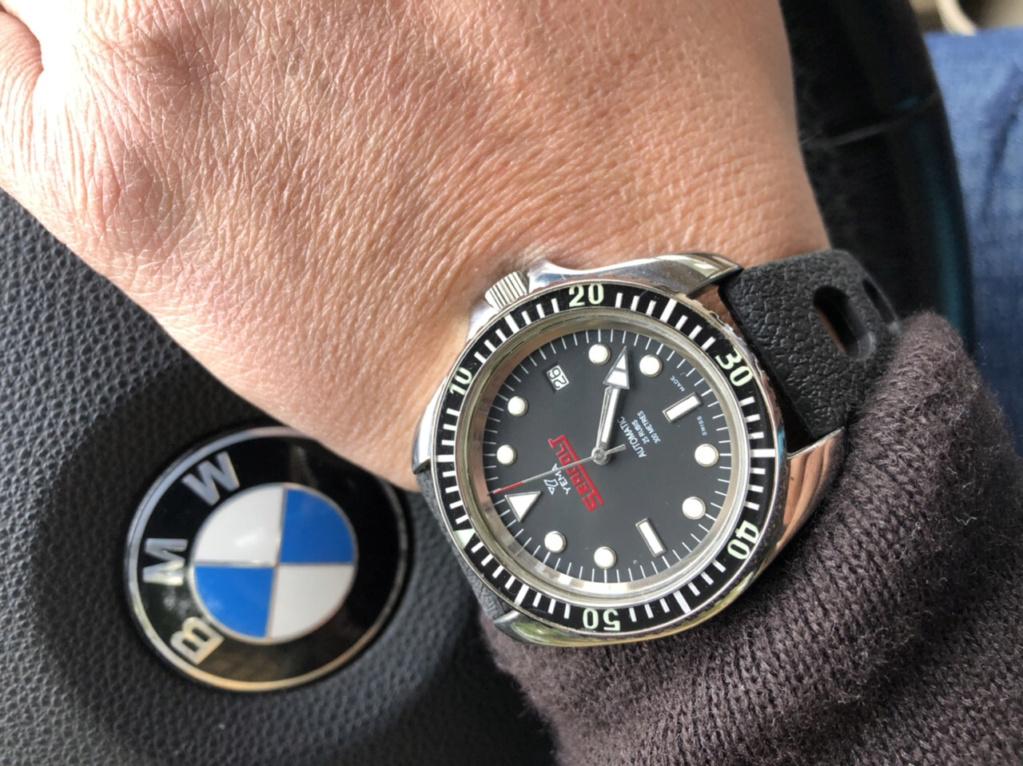La montre du vendredi, le TGIF watch! - Page 5 D269db10