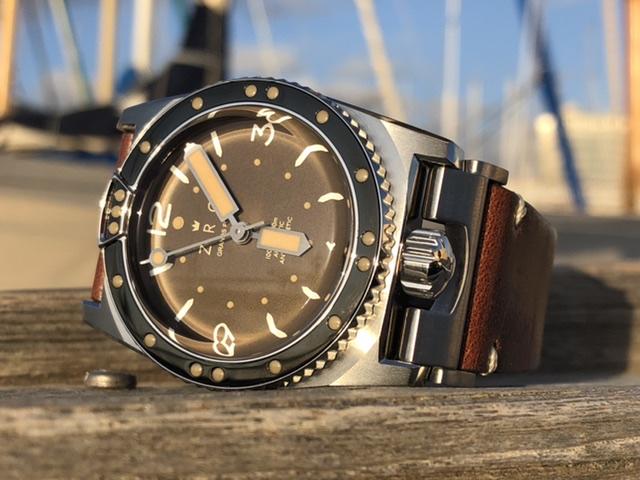 Votre montre du jour - Page 9 D4058910