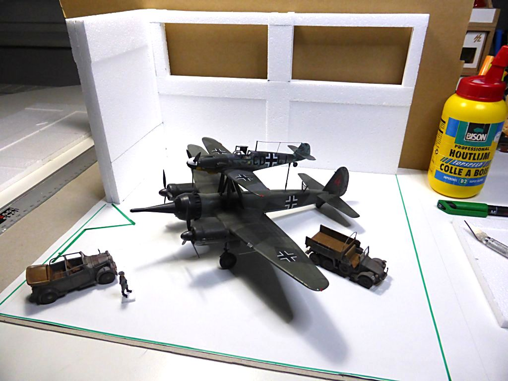 Diorama Mistel 1 - les préparatifs d'un grand BOUM - Page 8 Mistel10