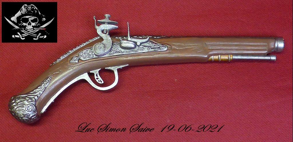 Impression 3D FDM: le pistolet pirate - Page 2 Pistol24