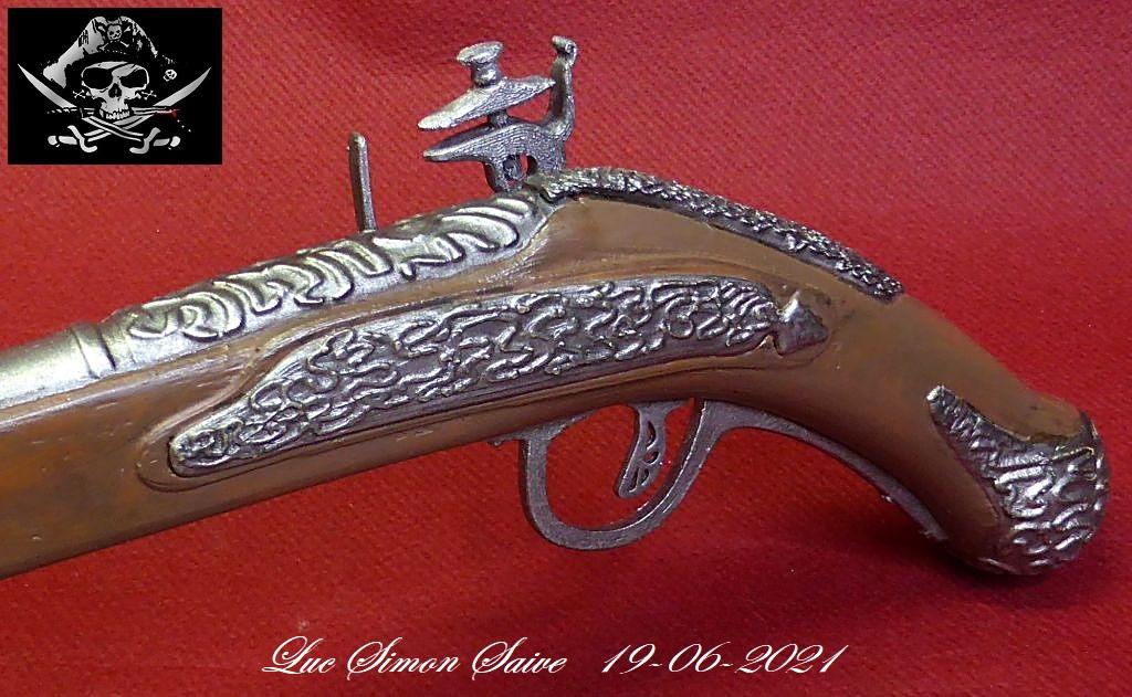 Impression 3D FDM: le pistolet pirate - Page 2 Pistol28