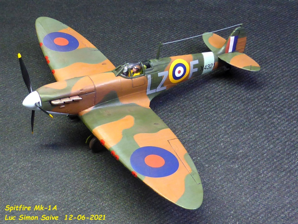 [Heller] Spitfire 1A -Fini. - Page 2 Smk1a213