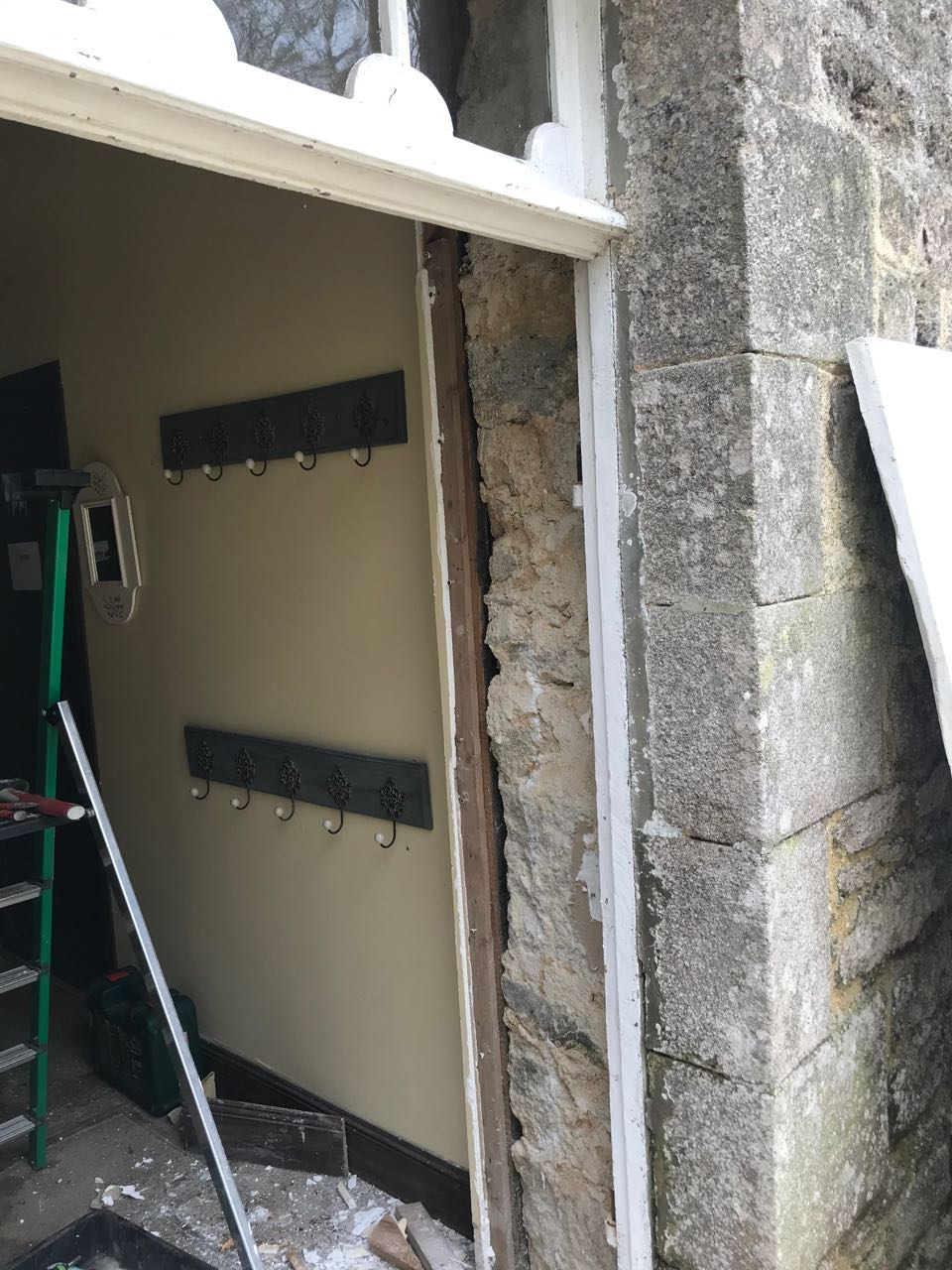 Porte d'entrée vitrée avec  grand cadre - Page 4 Img_4116
