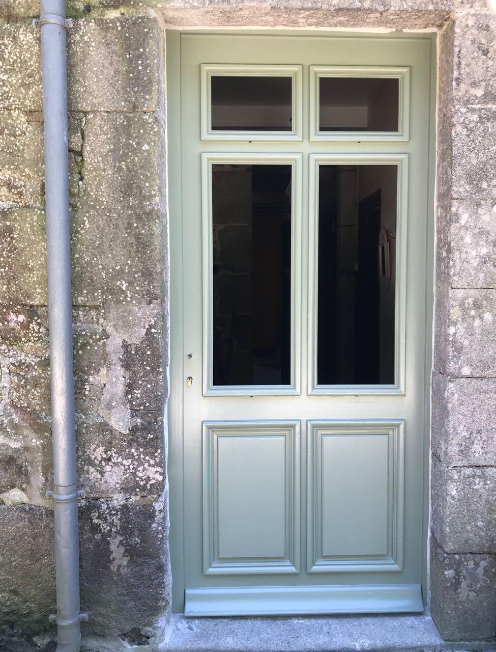 Porte d'entrée vitrée avec  grand cadre - Page 7 Img_4317