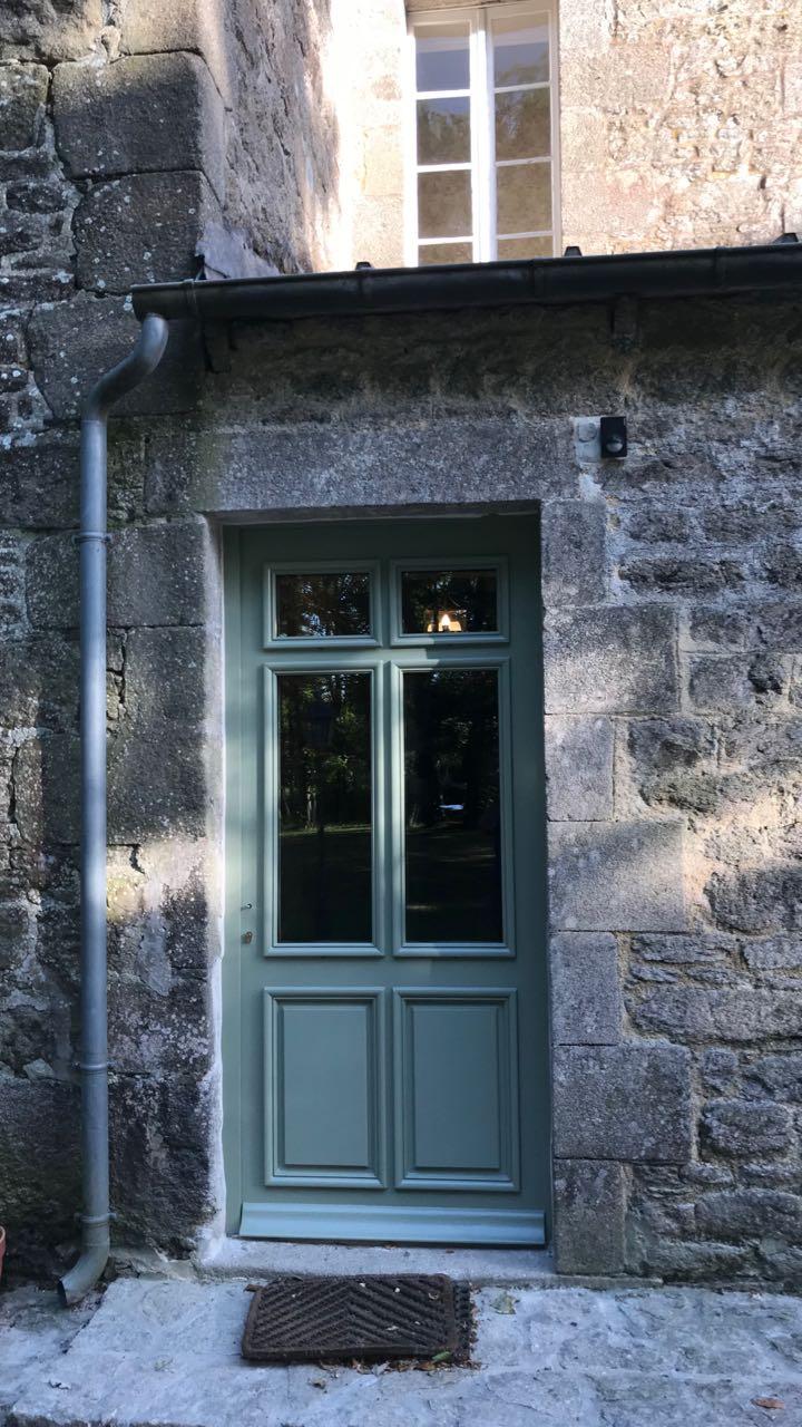Porte d'entrée vitrée avec  grand cadre - Page 7 Img_4324