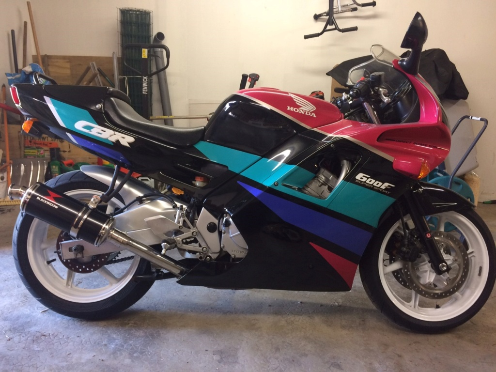Honda CBR 600 F 1991 PC25 2400€ [vendue] Cbr_110