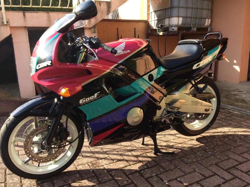 Honda CBR 600 F 1991 PC25 2400€ [vendue] Img_3210