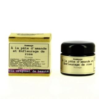 Votre prochain achat de cosmétiques - Page 3 Gommag10
