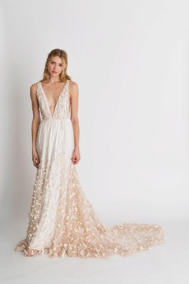 Robes de mariées - Page 11 Irisfl10
