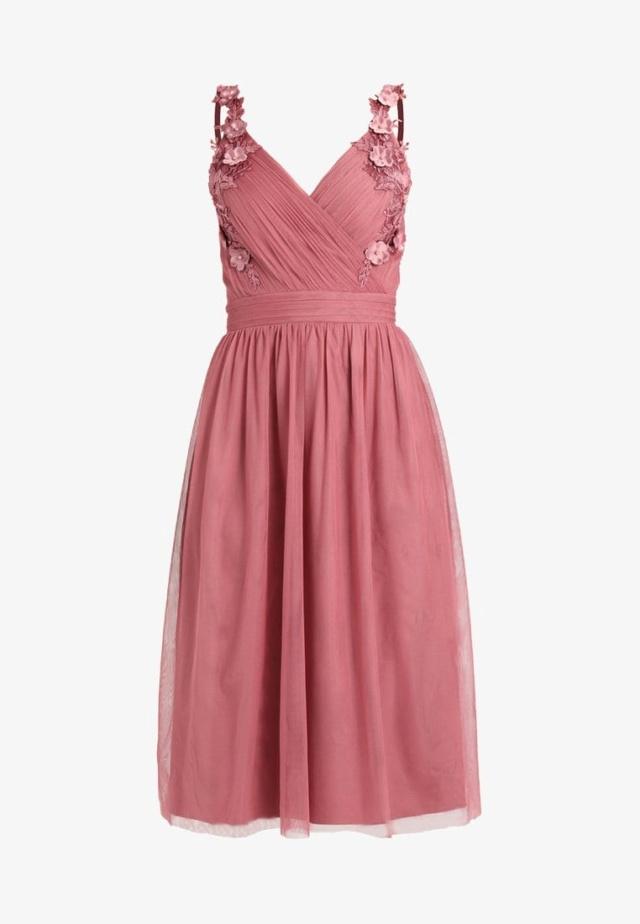 Les vêtements que vous voudriez acheter - Page 26 Lm121c10
