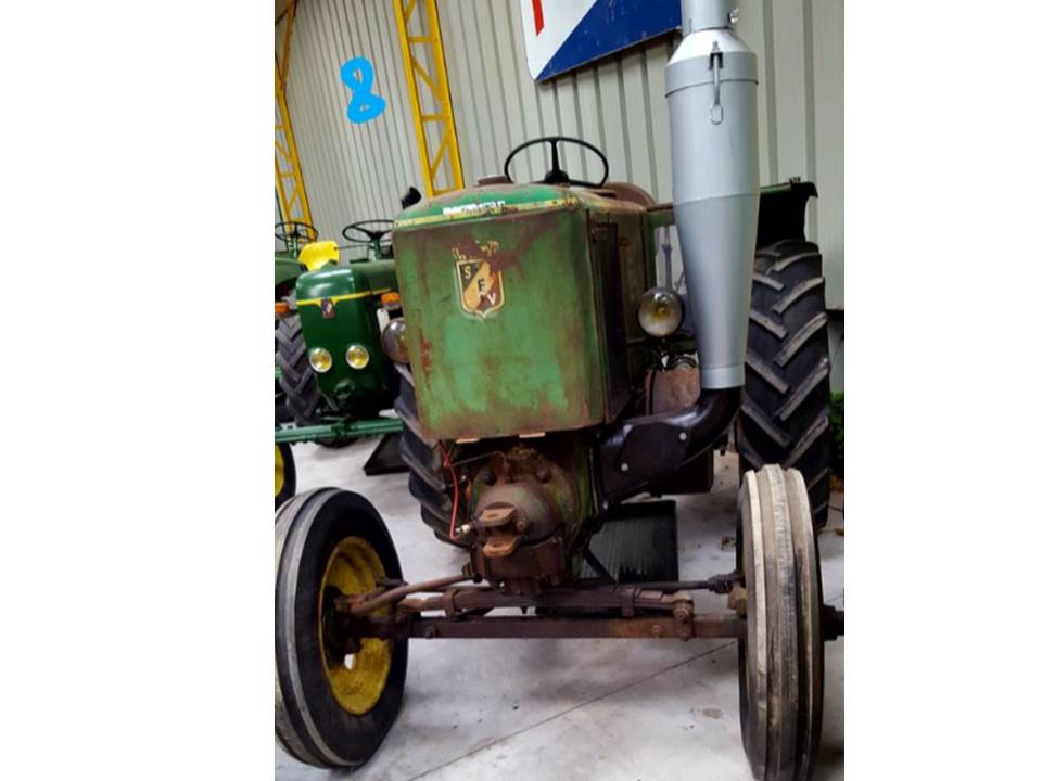 350 photos de vieux tracteurs - Page 2 Sfv_3010