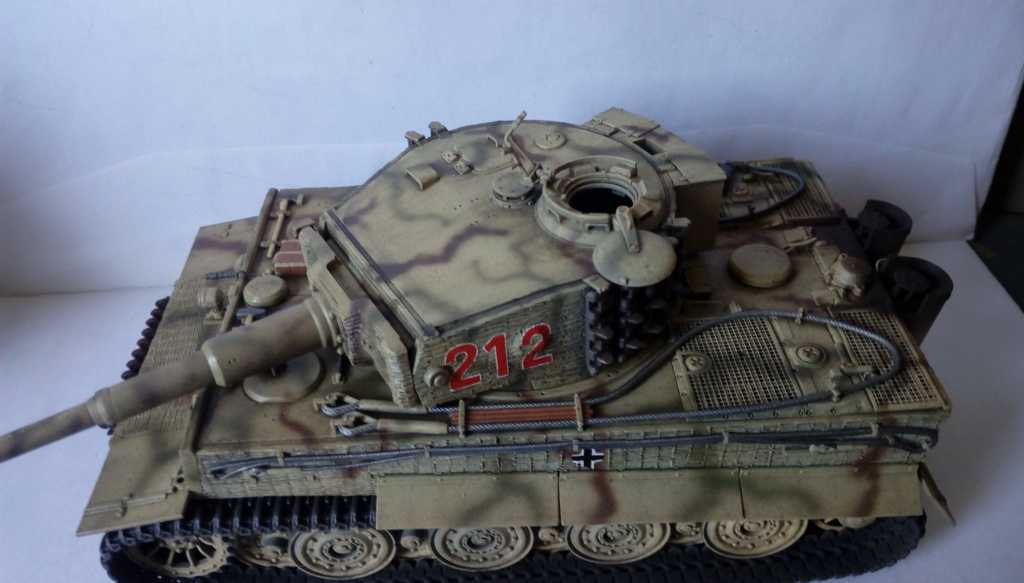 Tigre I Late Production w/Zimmerit Dragon 1/35ième - Page 2 Imag2248