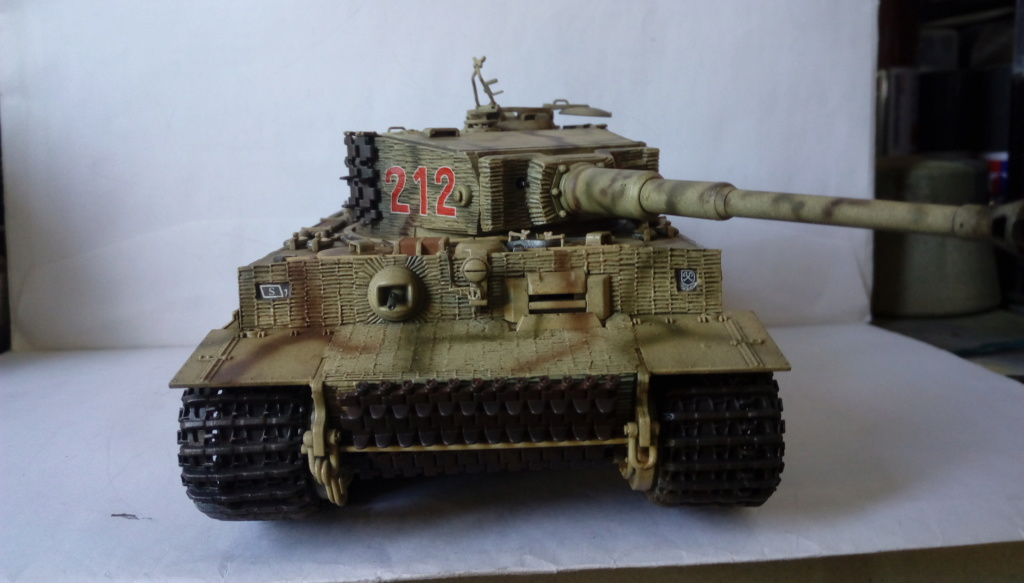 Tigre I Late Production w/Zimmerit Dragon 1/35ième - Page 2 Imag2250