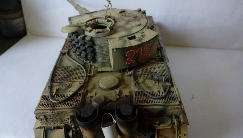 Tigre I Late Production w/Zimmerit Dragon 1/35ième - Page 2 Imag2253
