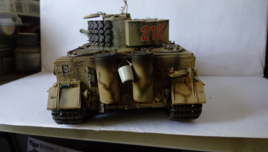 Tigre I Late Production w/Zimmerit Dragon 1/35ième - Page 2 Imag2254