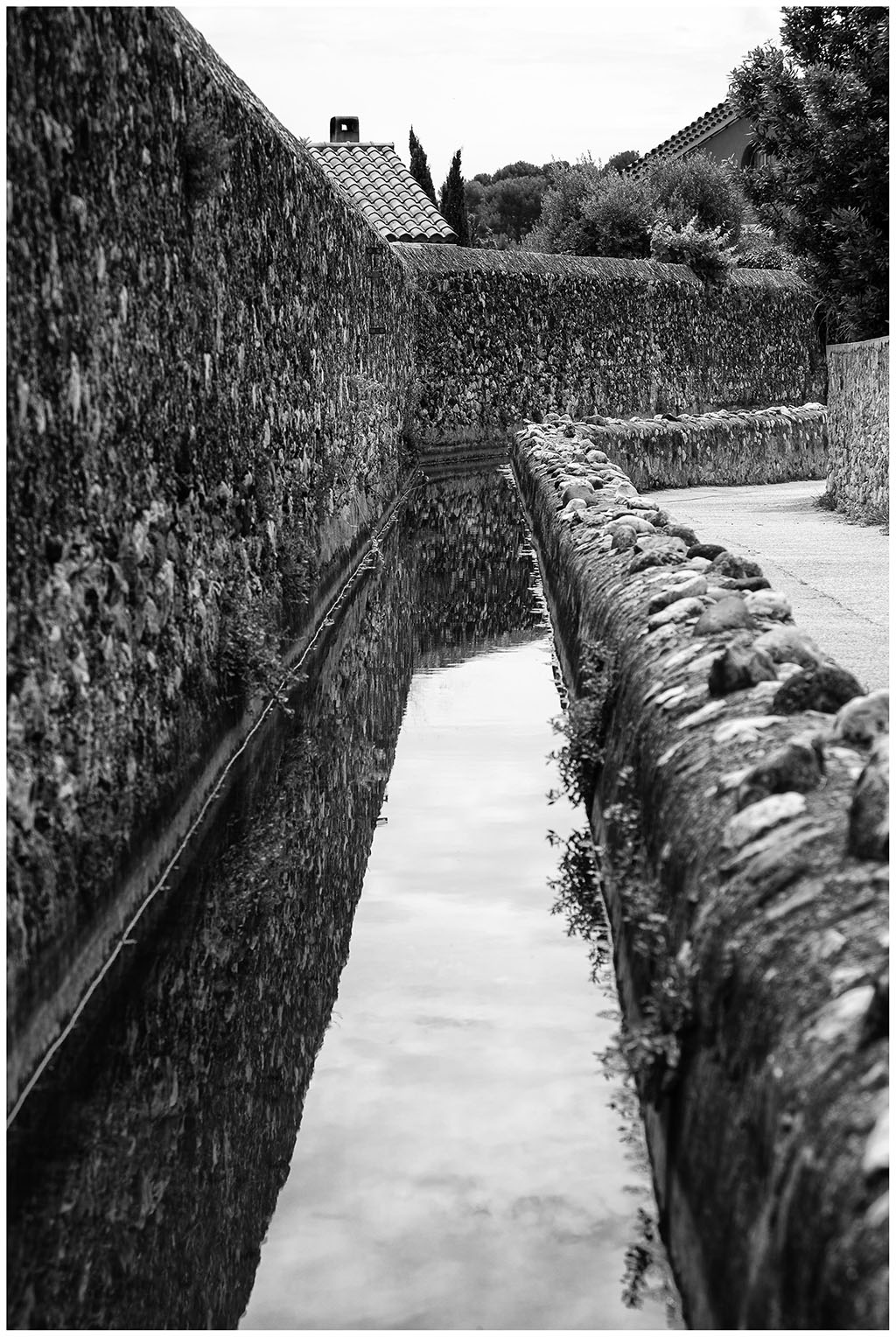[Noir_et_Blanc] Le canal des arrosants + V2 Bp1a9421