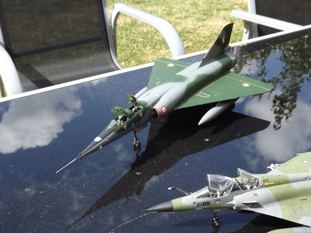 Mirage IV P 1/48 Heller Dscf3431