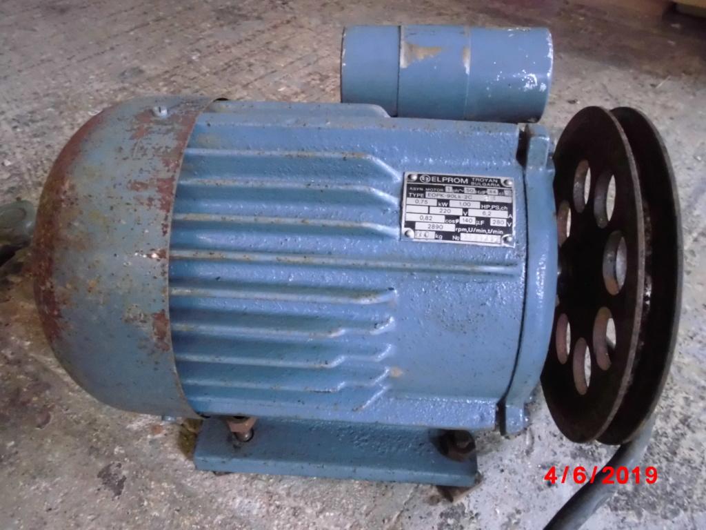 moteur monophasé 1 cheval ( 0.75 kw )  Cimg3339